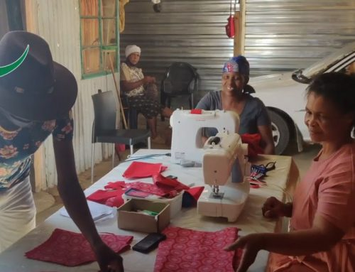 Helpende Hande maakt eigen kleding…